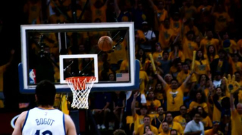 Under Armour TV Spot, '2014-15 KIA NBA MVP' Featuring Stephen Curry - Thumbnail 8