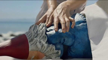 Travelocity Memorial Day Sale TV Spot, '40 Percent Swedisher' - Thumbnail 5