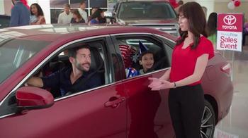 Toyota Time Sales Event TV Spot, 'Balloon Animal' - Thumbnail 9