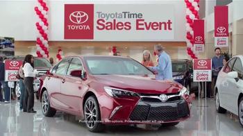 Toyota Time Sales Event TV Spot, 'Balloon Animal' - Thumbnail 4