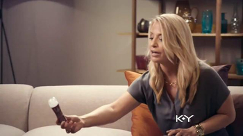 K-Y Love TV Spot, 'Intimacy Therapy' - Thumbnail 7