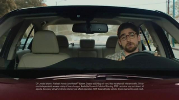 Honda Accord EX-L TV Spot, 'Garage Sale' - Thumbnail 4