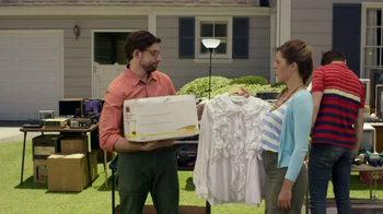 Honda Accord EX-L TV Spot, 'Garage Sale' - Thumbnail 7