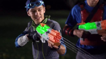 Nerf Zombie Strike Dreadshot and Splatterblast TV Spot, 'Wipe Zombies Out' - Thumbnail 4