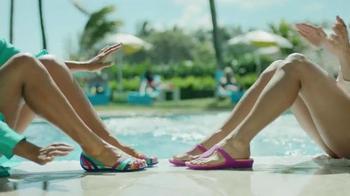 Crocs, Inc. TV Spot, 'Pool Shoes' - Thumbnail 4