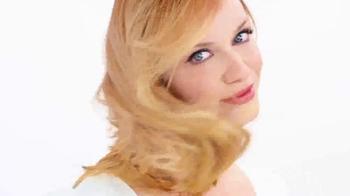 Clairol TV Spot, 'Natural Hair Color Secret' Featuring Christina Hendricks - Thumbnail 7
