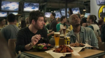 Buffalo Wild Wings TV Spot, 'Hardwood' Featuring Stephen Rannazzisi - 45 commercial airings