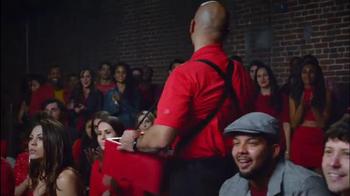 Redd's Apple Ale TV Spot, '¿Cuál Cerveza?' [Spanish] - Thumbnail 8