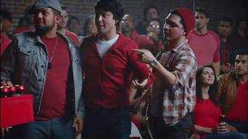 Redd's Apple Ale TV Spot, '¿Cuál Cerveza?' [Spanish] - Thumbnail 5