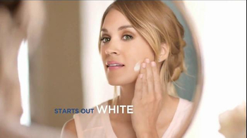 Almay Smart Shade Makeup TV Spot, 'Stay True' Featuring Carrie Underwood - Thumbnail 5