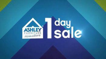 Ashley Furniture Homestore One Day Sale TV Spot, 'Sofas'