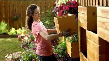 The Home Depot TV Spot, 'Primavera a lo Grande' [Spanish] - Thumbnail 4