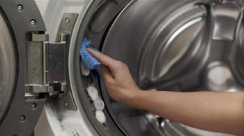 CLR Mold & Mildew Cleaner TV Spot, 'Yuck on Tough' - Thumbnail 7