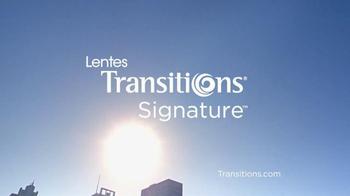 Lentes Transitions Signature TV Spot, 'Se Adapta' [Spanish] - Thumbnail 8