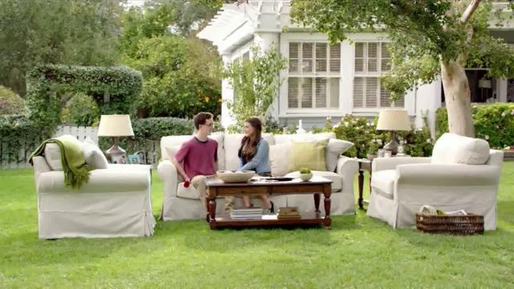 TruGreen TV Commercial, 'The Yardleys: Flirt'