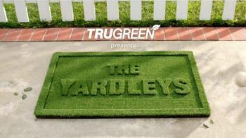 TruGreen TV Spot, 'The Yardleys: Flirt' - Thumbnail 1