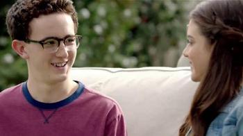TruGreen TV Spot, 'The Yardleys: Flirt' - Thumbnail 3