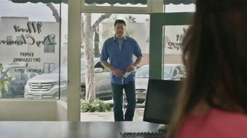 Gildan TV Spot, 'X-Large Pair' Featuring Blake Shelton - Thumbnail 1