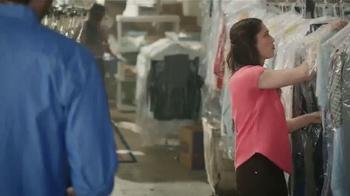 Gildan TV Spot, 'X-Large Pair' Featuring Blake Shelton - Thumbnail 2