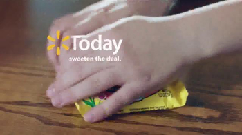 Walmart TV Spot, 'Easter Candy Trade' - Thumbnail 7