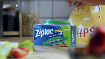 Ziploc Easy Open Tabs TV Spot, 'Cafeteria Chaos' - Thumbnail 1
