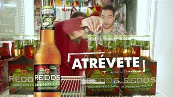 Redd's Green Apple Ale TV Spot, 'Granny Smith' [Spanish] - Thumbnail 10