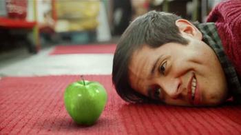 Redd's Green Apple Ale TV Spot, 'Granny Smith' [Spanish] - Thumbnail 4