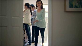 Clorox Toilet Wand TV Spot, 'A Family of Five' - Thumbnail 9