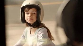 KFC Red Velvet Cake TV Spot, 'Bike' - Thumbnail 2