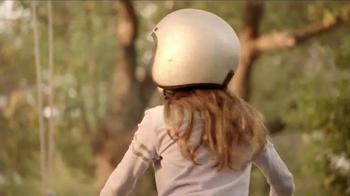 KFC Red Velvet Cake TV Spot, 'Bike' - Thumbnail 5