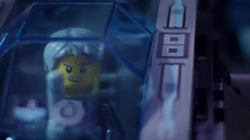 LEGO/Cartoon Network Ultra Copter & AntiMatter App TV Spot, 'Lego Time' - Thumbnail 5
