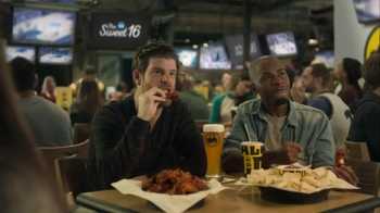 Buffalo Wild Wings TV Spot, 'Sweat 16' Featuring Stephen Rannazzisi - 22 commercial airings