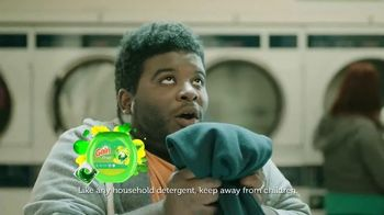 Gain Flings! TV Spot, 'Laundromat'
