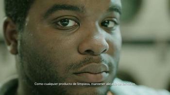 Gain Flings TV Spot, 'Carlos en la Lavandería' [Spanish] - Thumbnail 9