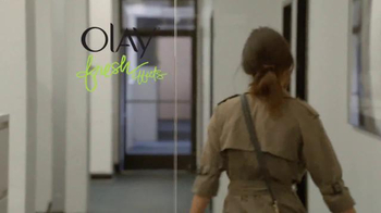 Olay Fresh Effects TV Spot, 'Late for Work' - Thumbnail 10