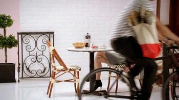 Candie's TV Spot, 'Bella's Favorite Things: Paris!' Ft. Bella Thorne - Thumbnail 5