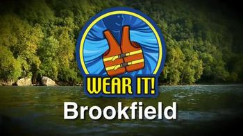 Brookfield Renewable Energy Group TV Spot, 'Wear It!' Featuring Joe Thomas - Thumbnail 7