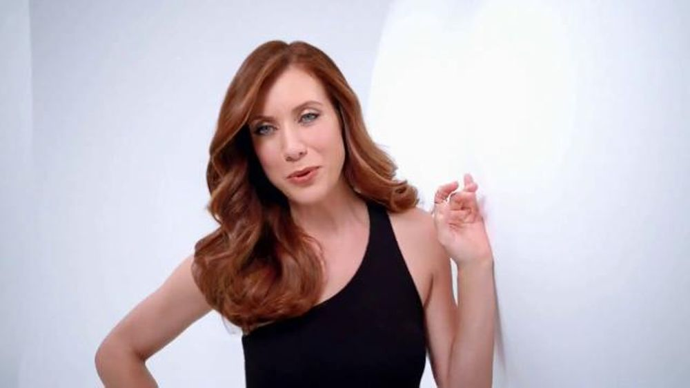 Garnier Olia TV Commercial, 'Luminous Hair' Featuring Kate Walsh
