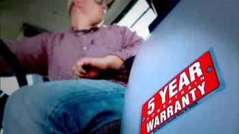 Mahindra TV Spot, '20th Anniversary Red Tag Savings' - Thumbnail 7