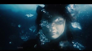5 Gum Cobalt TV Spot, 'Truth or Dare Ice Bath' - Thumbnail 1
