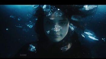 5 Gum Cobalt TV Spot, 'Truth or Dare Ice Bath'