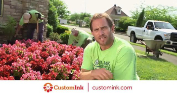CustomInk TV Spot, 'T-Shirt Makes the Team' - Thumbnail 7