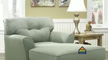 Ashley Furniture Homestore Back 2 School Event TV Spot [Spanish] - Thumbnail 2