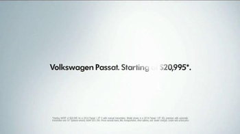 2014 Volkswagen Passat TV Spot, 'Swimming Pool' - Thumbnail 9