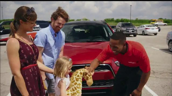 Safelite Auto Glass TV Spot, 'Zoo Mobile Service' - Thumbnail 9