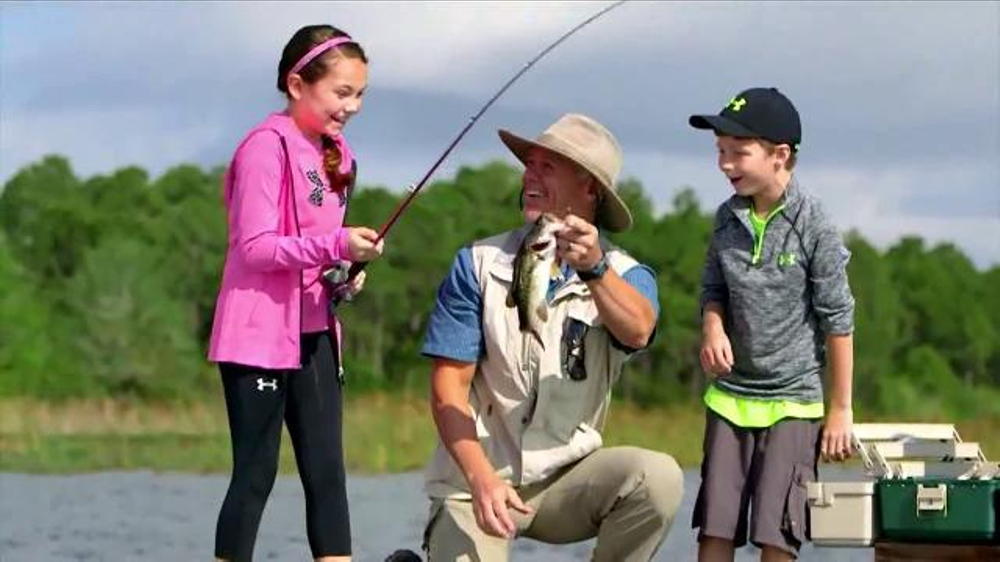 Scheels TV Commercial, 'Family Fishing'