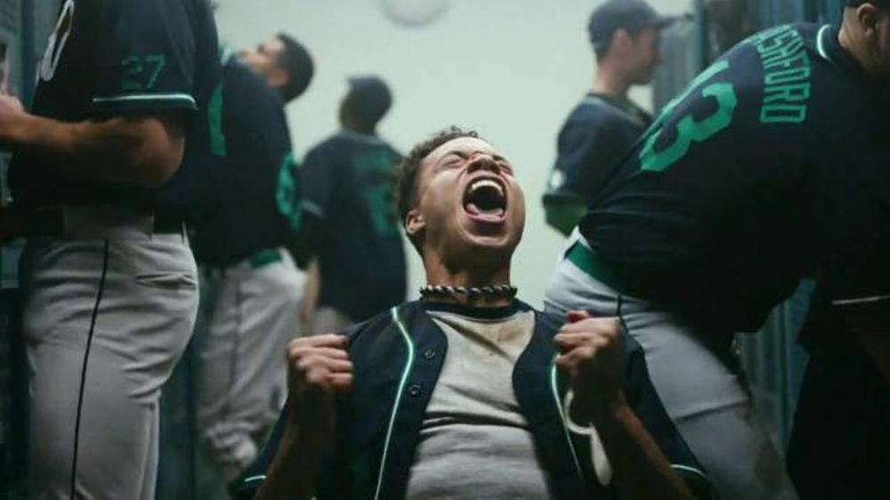 Gatorade Recover TV Commercial, 'Locker Room' Featuring Dwyane Wade