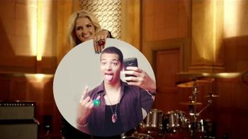 Ring Pop Gummies TV Spot, 'Keep On Rocking' Featuring R5 - Thumbnail 4