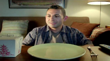 Jack in the Box Spicy Chicken Club Combo TV Spot, 'Sobras' [Spanish] - Thumbnail 1