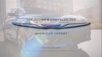 2015 Chrysler 200 TV Spot, 'AWD, Horsepower, Style & Safety' - Thumbnail 10